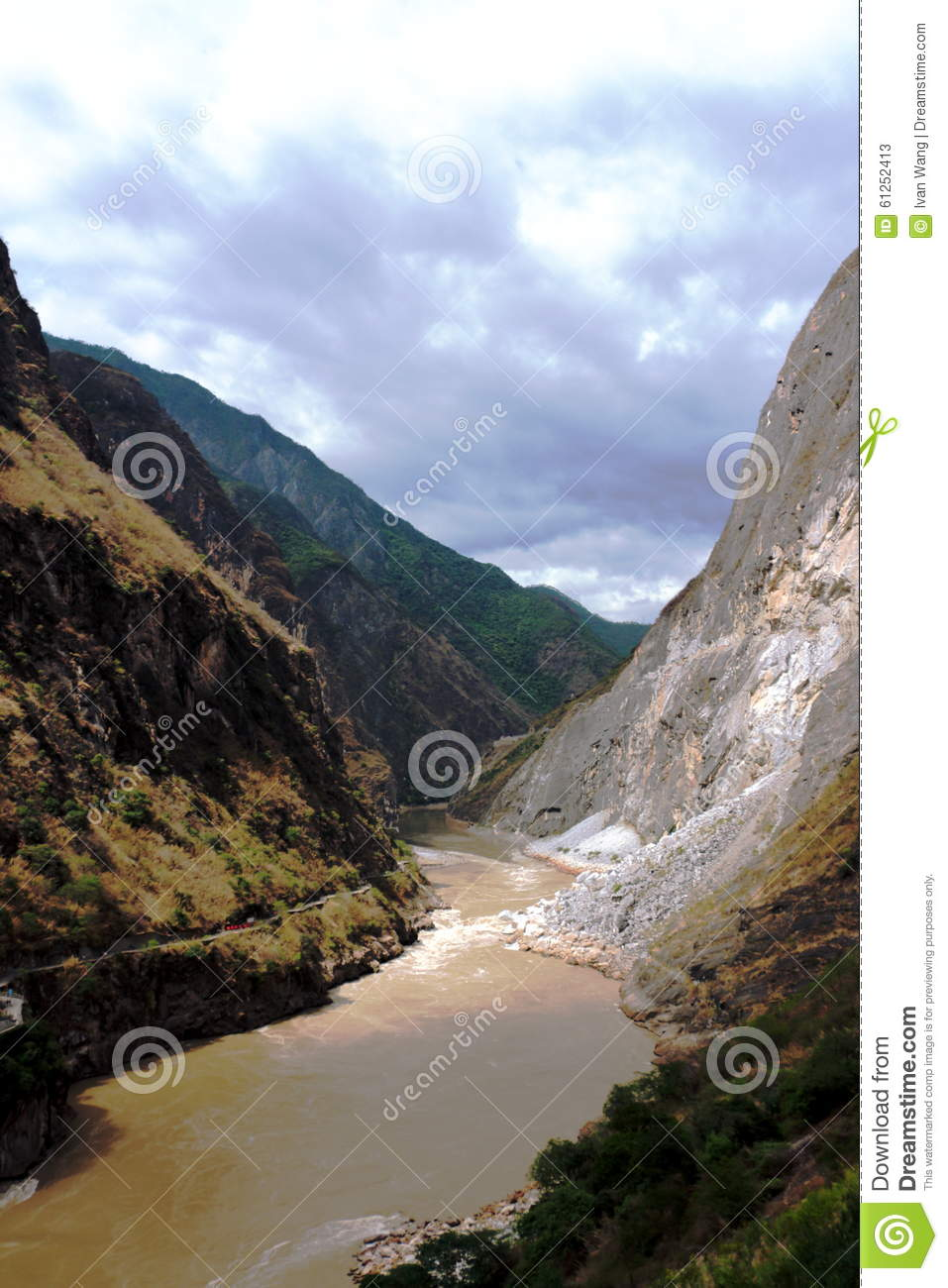 Tiger Leaping Gorge River