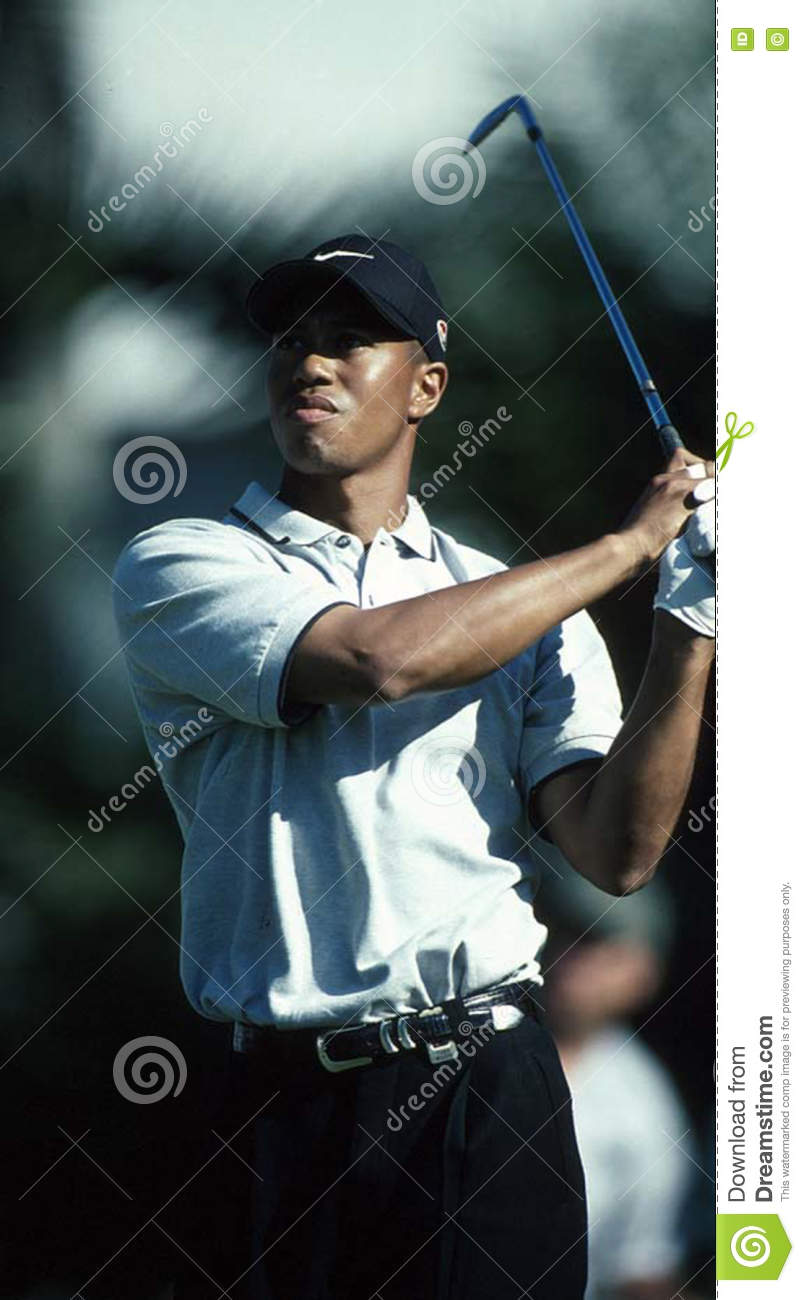a75cb531e Tiger Woods editorial photo. Image of look, swing, golfing - 74625246