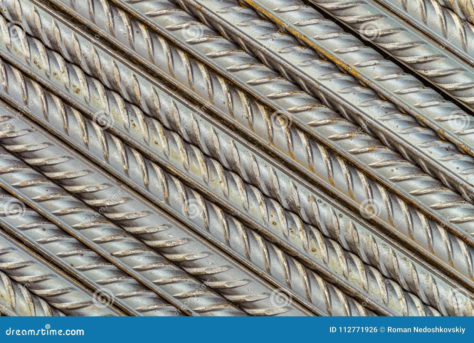 Tiges en acier de barres de renforcement avec le profil périodique, parallèle étendu à la diagonale