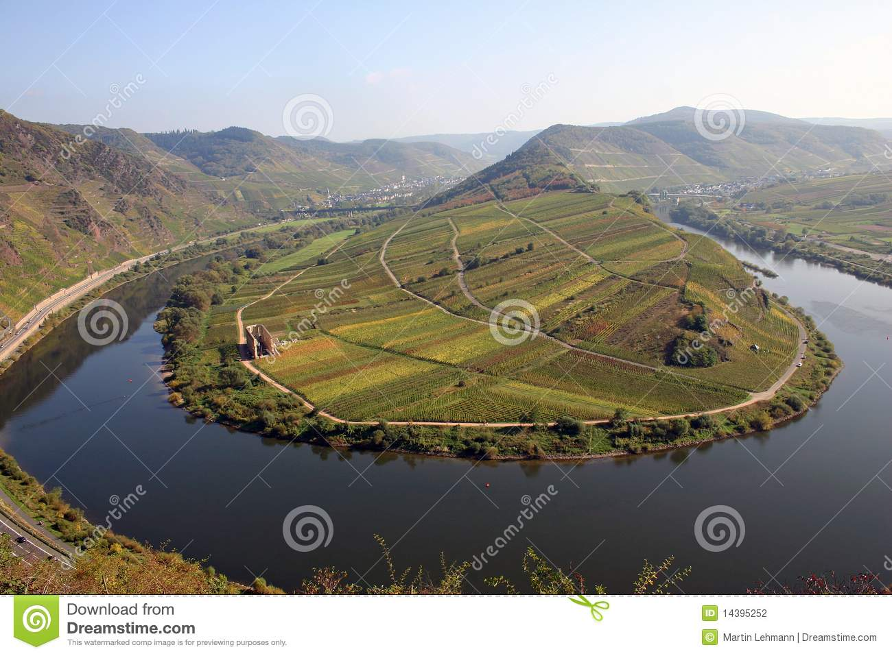 Tight river bend of river Mosel