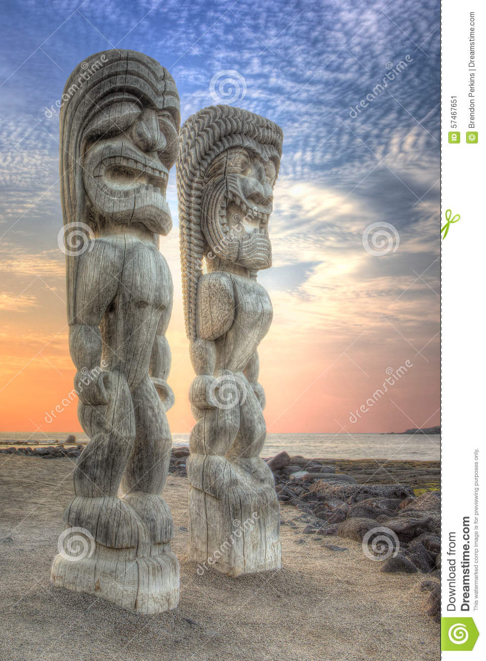 Tiki Statues at the City of Refuge