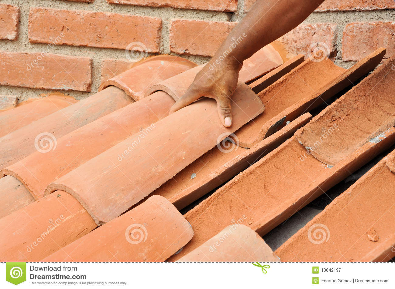 Tile Roof Installation Stock Image Image Of Tile Mexico