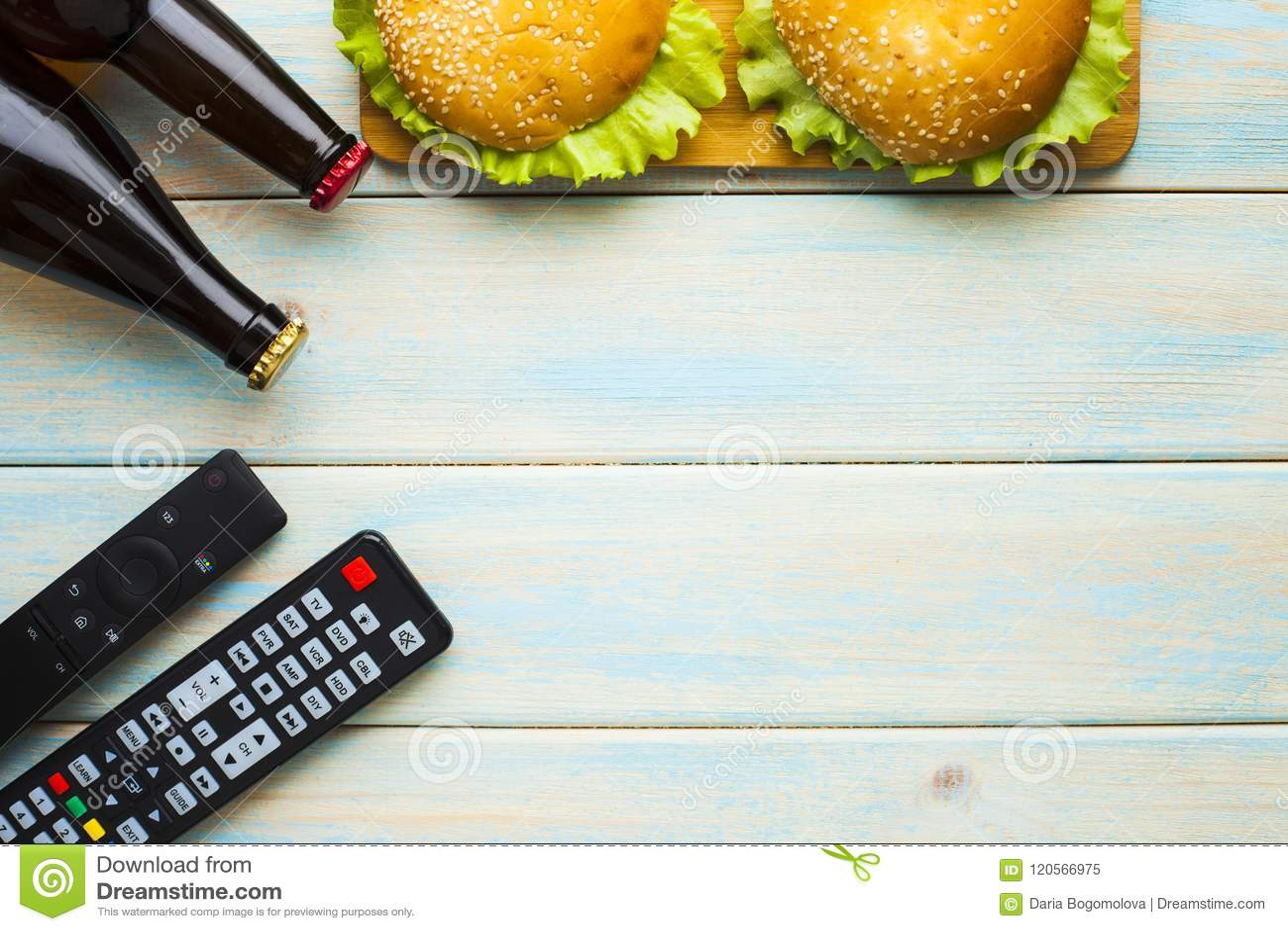 Tillbringa veckoslutet hemma, fritidlivsstilen, TV, snabbmatbegrepp