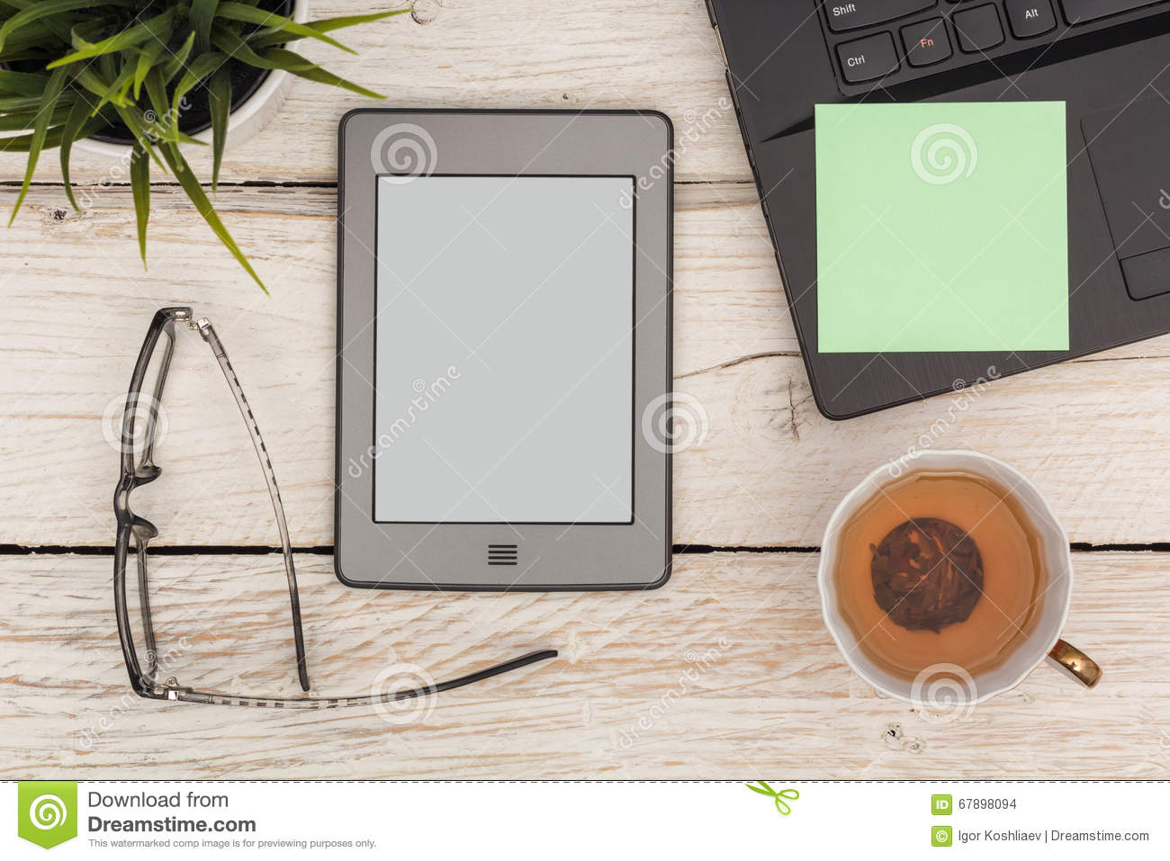 Time for the ebook with tea