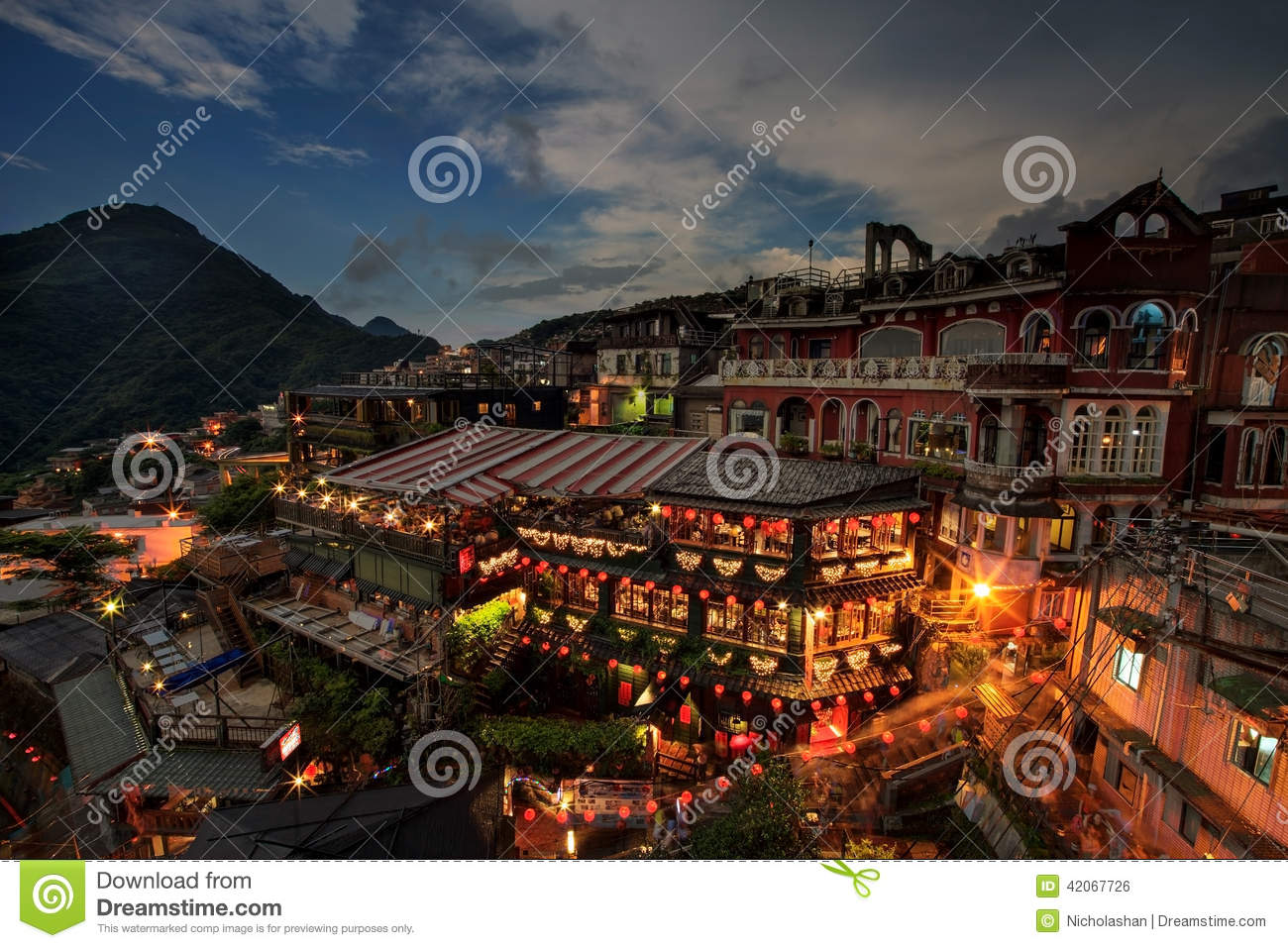 Time lapse of Hillside teahouses in Jiufen, Taiwan.