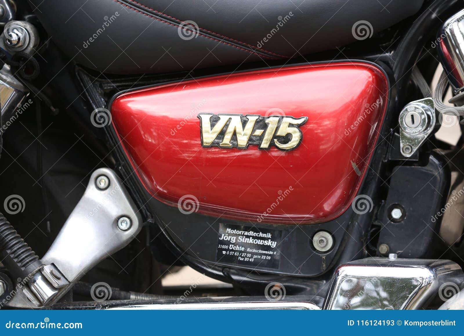 Motorcycle Kawasaki Vulcan Vn 1500 Red And Black Short Close Up