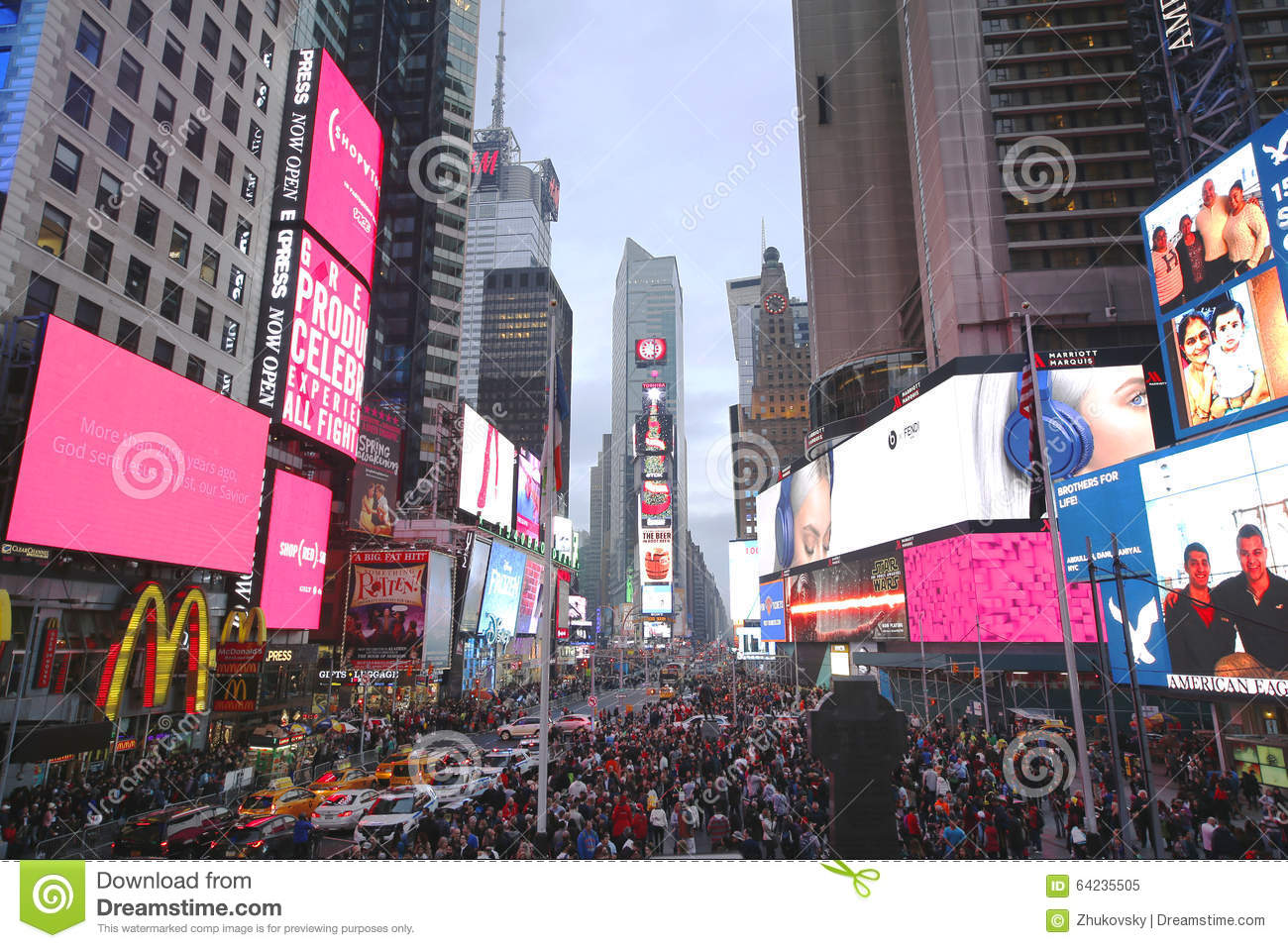 Times square on christmas day in manhattan editorial image for Christmas day in new york