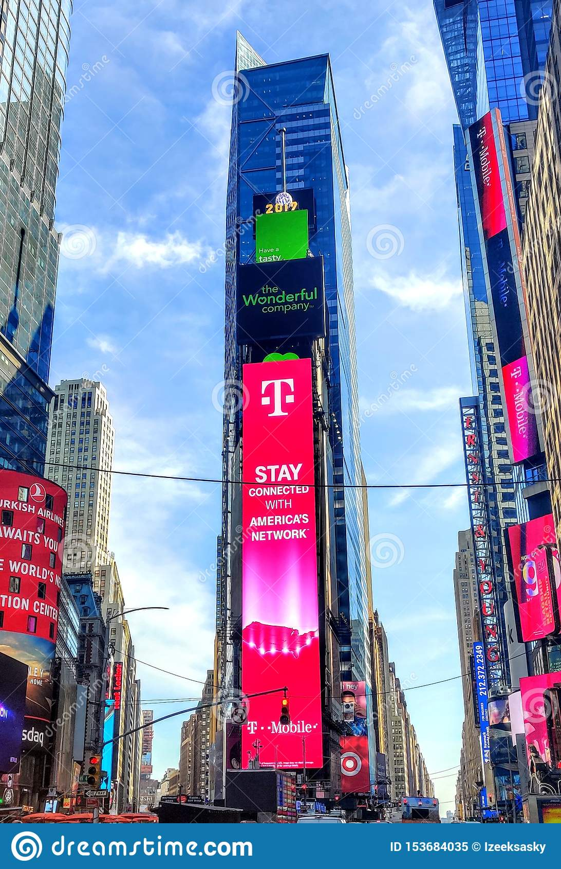 Times square new york city dividor