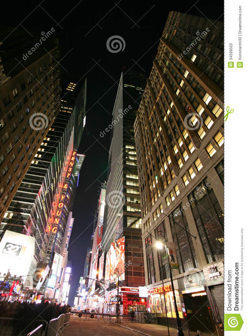 Times Square, New York Street Night Life. New York City