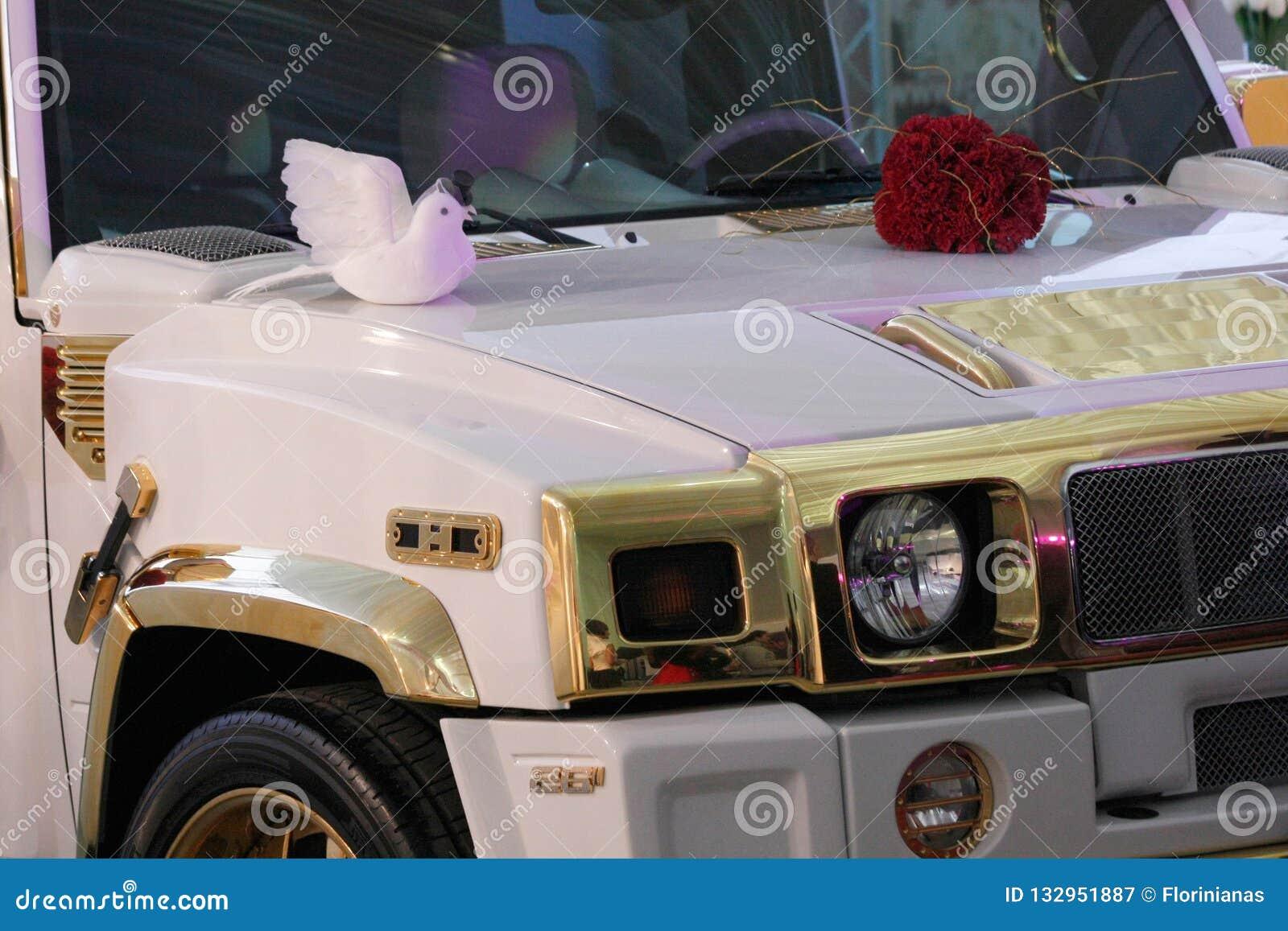 """TIMISOARA, Witte de luxeauto van ROEMENIË â€ """"cca 2012 voor privé gebeurtenissen of huwelijken"""