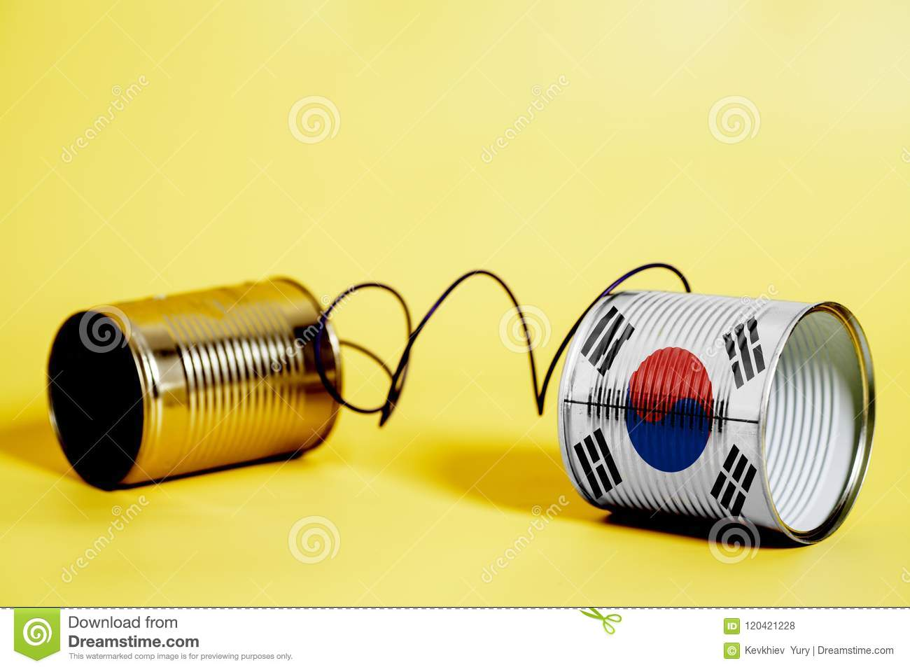 Tin can phone with South Korea Flag.communication concept