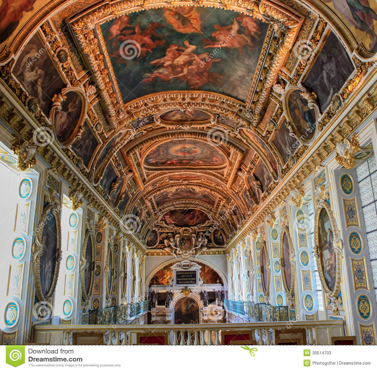 tinity chapel chateau de fontainebleau france editorial stock photo image 30514703. Black Bedroom Furniture Sets. Home Design Ideas