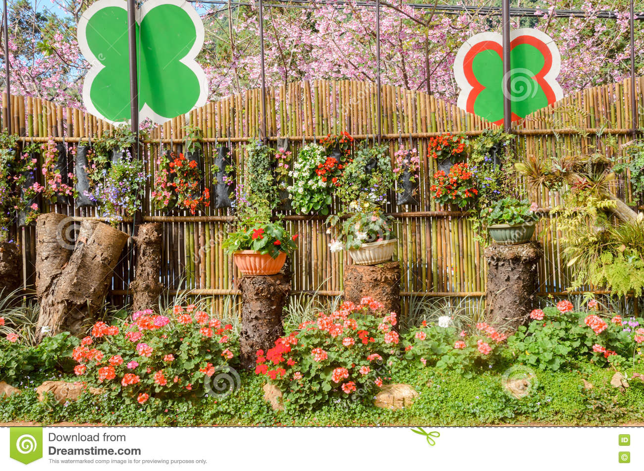 Exelent How To Design A Flower Garden Layout Photos - Brown Nature ...