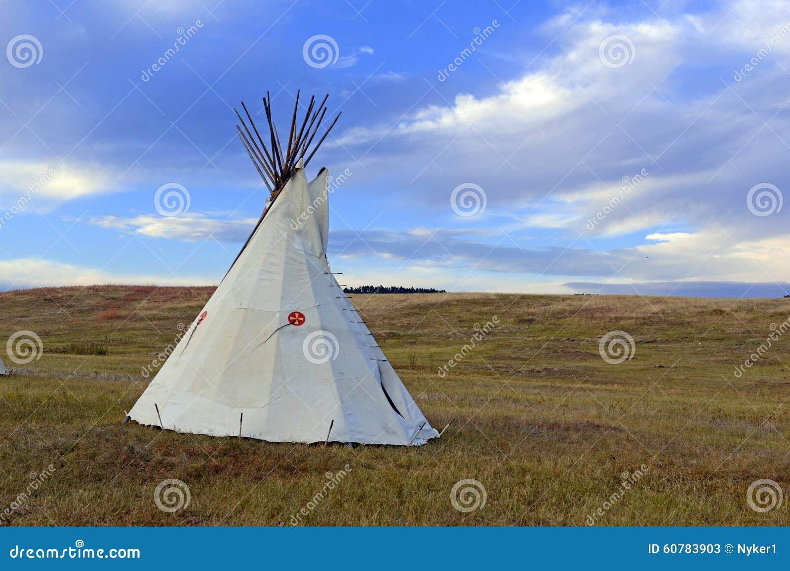 Tipi (tipi) zoals gebruikt door Inheemse Amerikanen in de Grote Vlaktes en het Amerikaanse westen