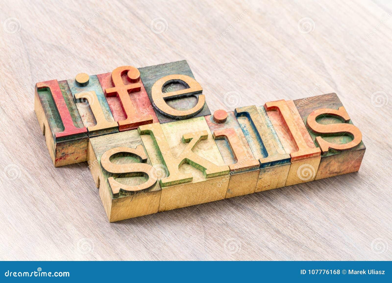 Tipografía de las habilidades de la vida en el tipo de madera