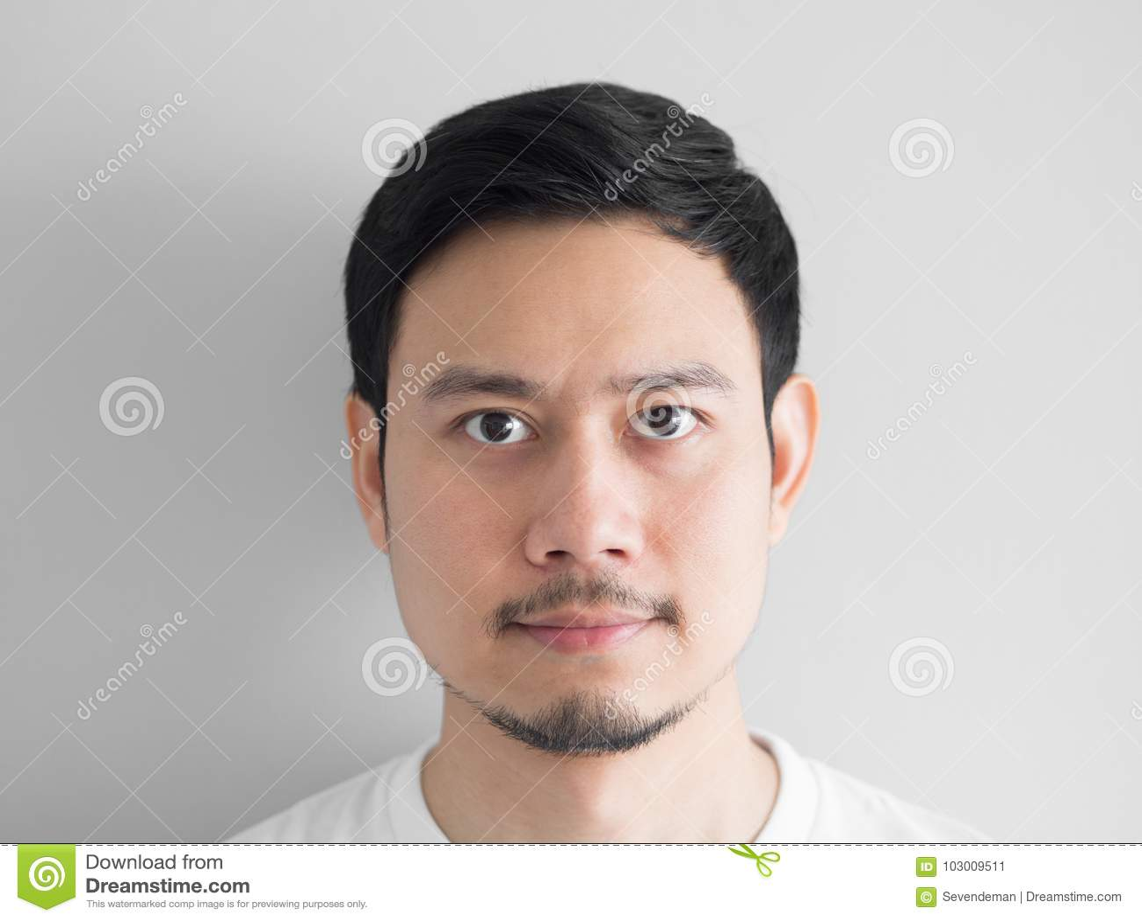 Tir principal d homme normal de visage