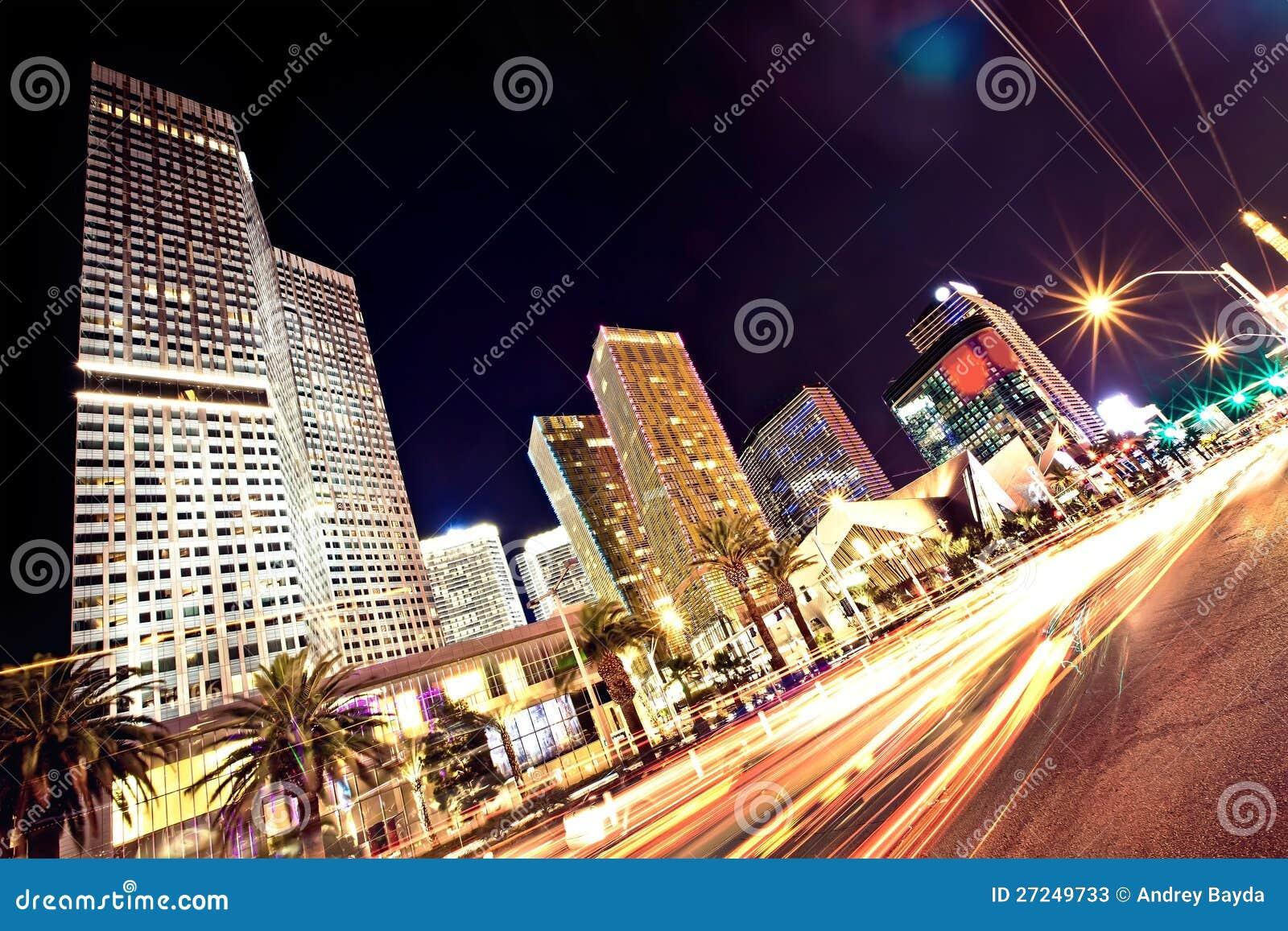 A tira de Las Vegas na noite