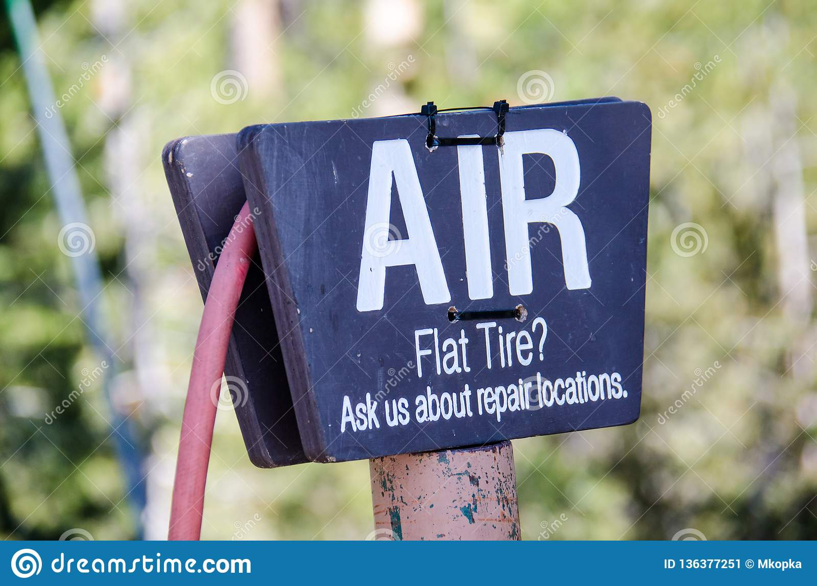 Tire Air Pump Sign At The Gas Station Stock Image Image Of Isolated Flat 136377251