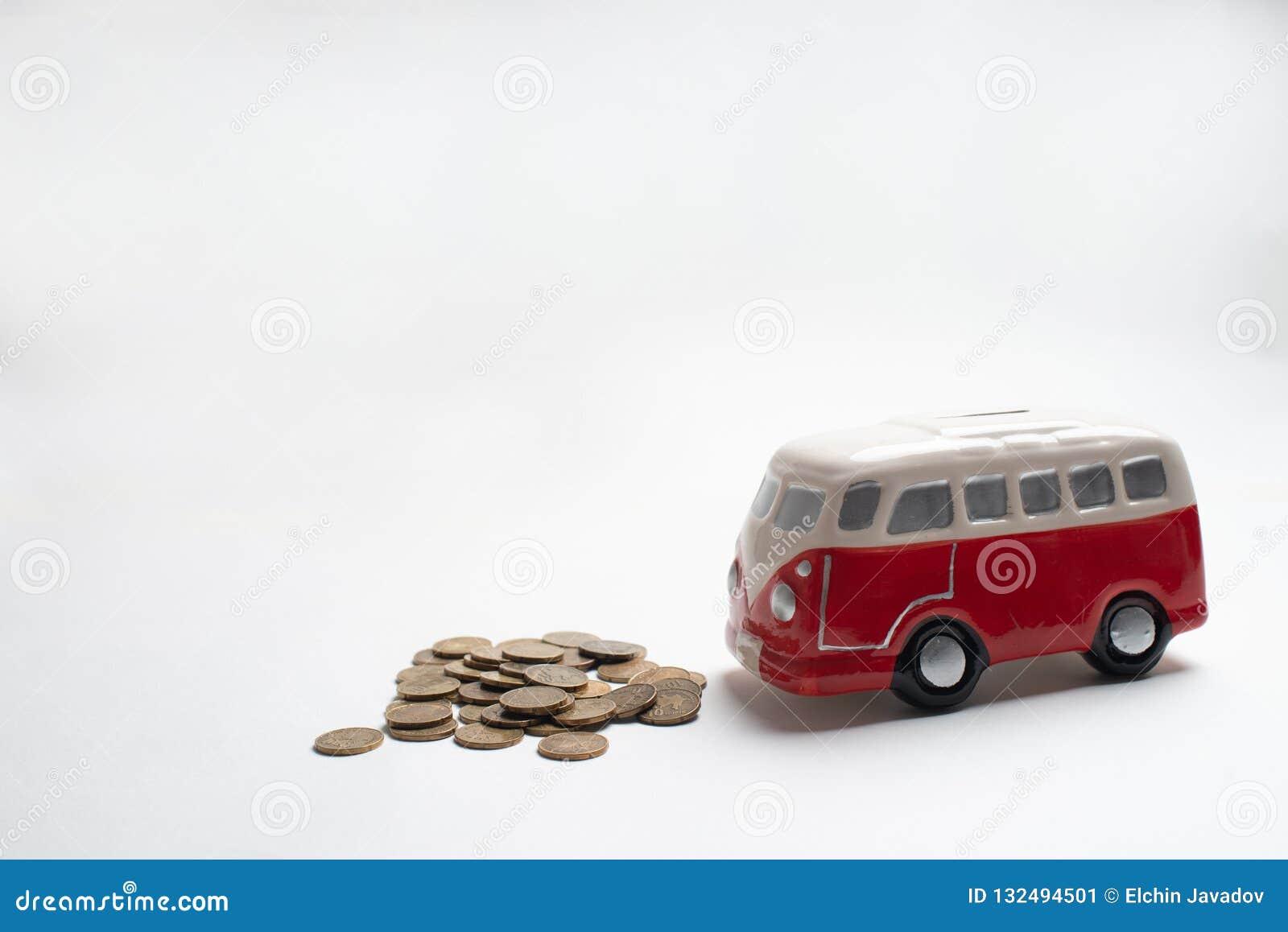Tirelire rouge d autobus