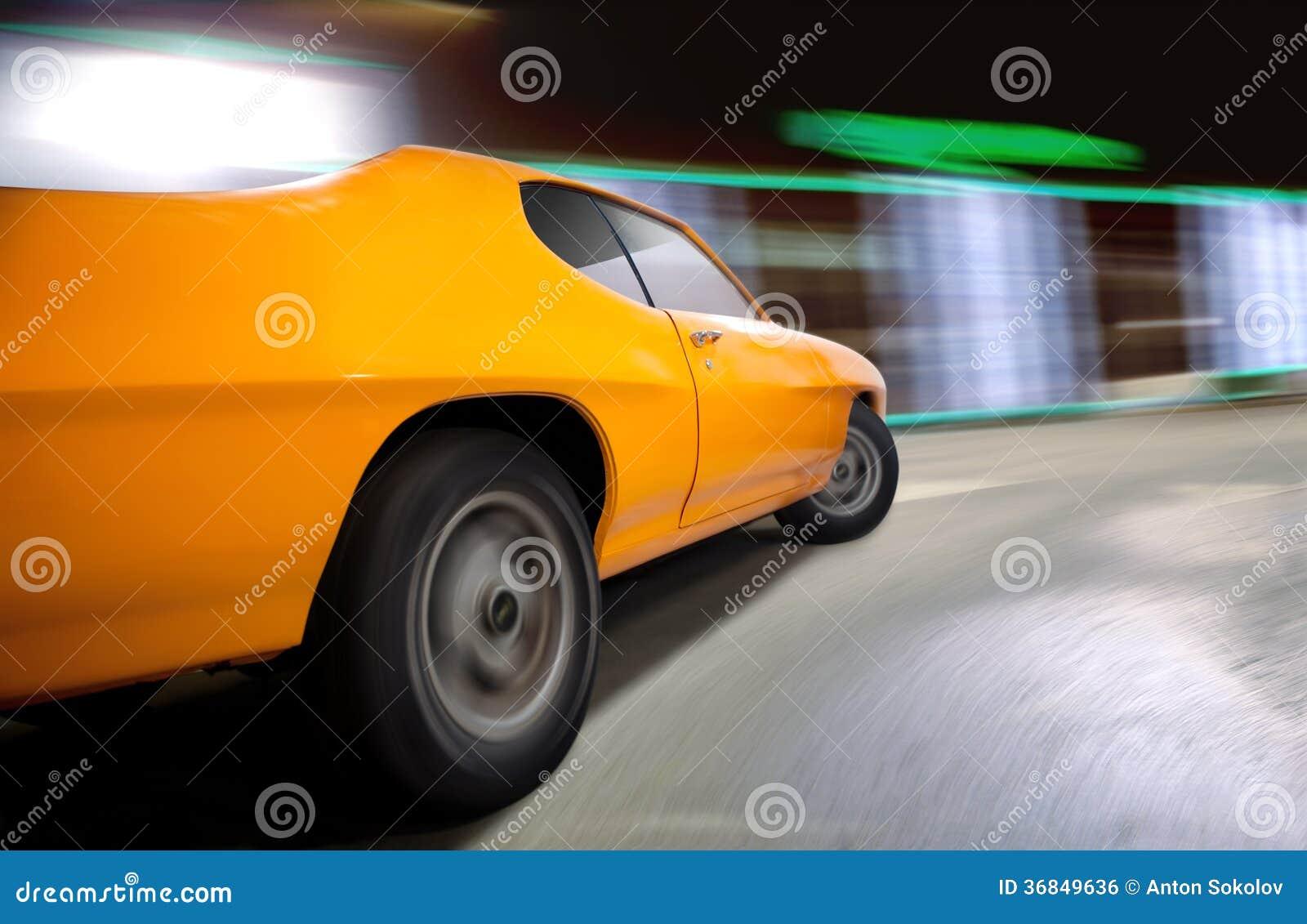 Tiro dinâmico de um carro do músculo.