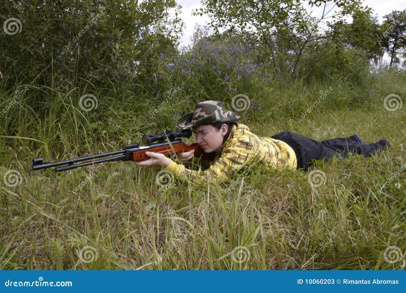 Tiro do caçador acima