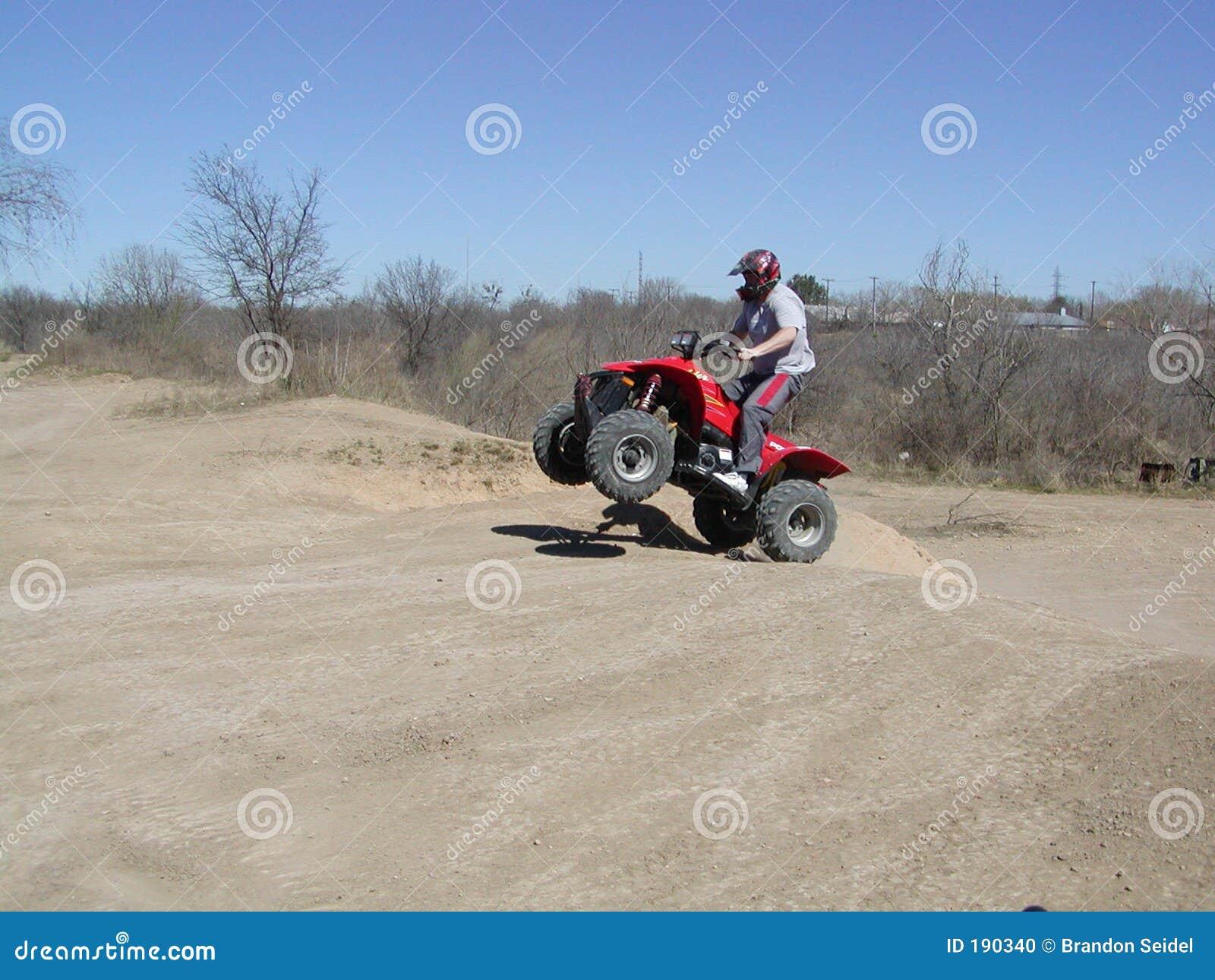Tiro en suspensión de ATV
