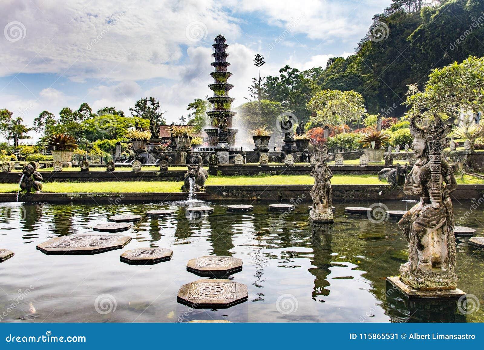 Tirta Gangga vattenslott Bali, Indonesien