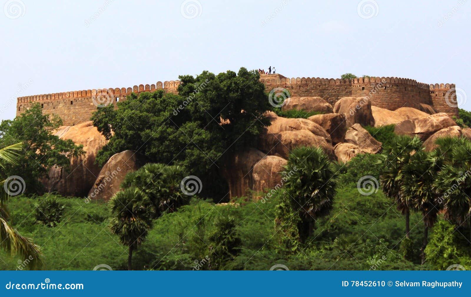 Tirumayam fort