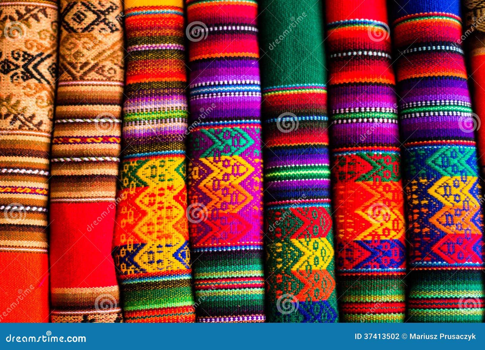 Tissu coloré au marché au Pérou, Amérique du Sud