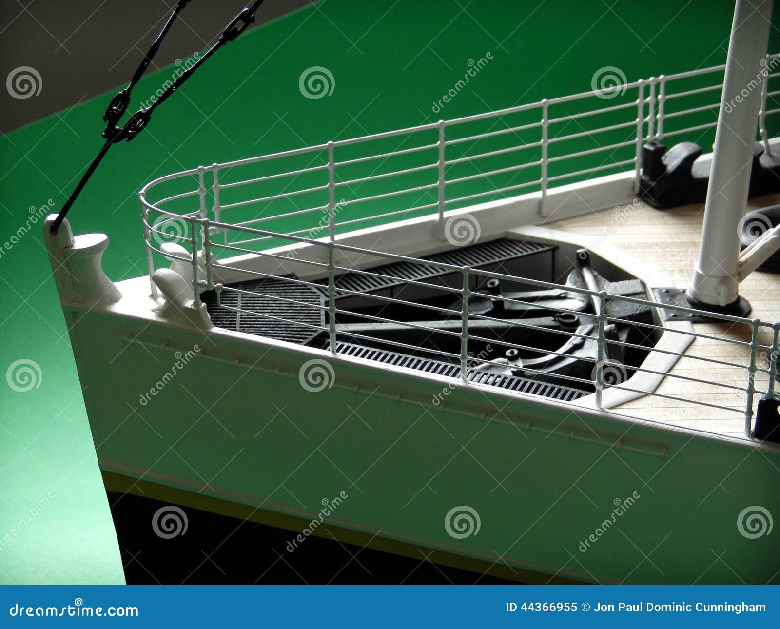 Titanic Model Greenscreen Stock Photo Image 44366955