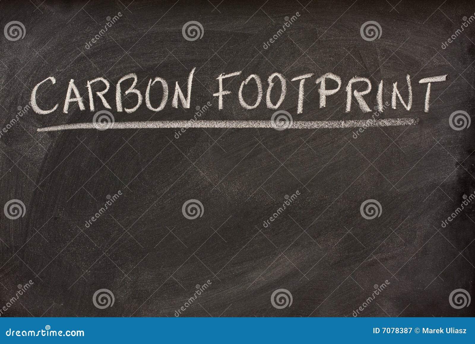 Titre d 39 empreinte de pas de carbone sur un tableau noir for Ecrire sur un tableau noir