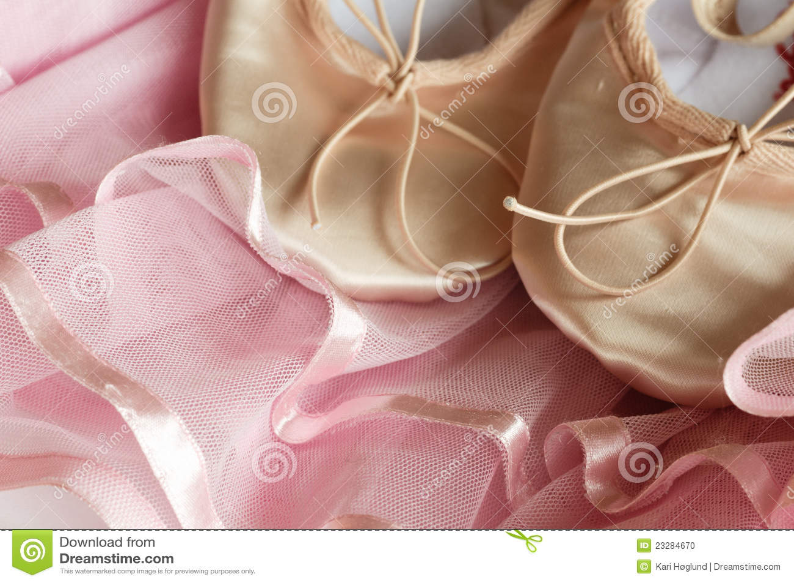 Tiulowi różowi ballett buty