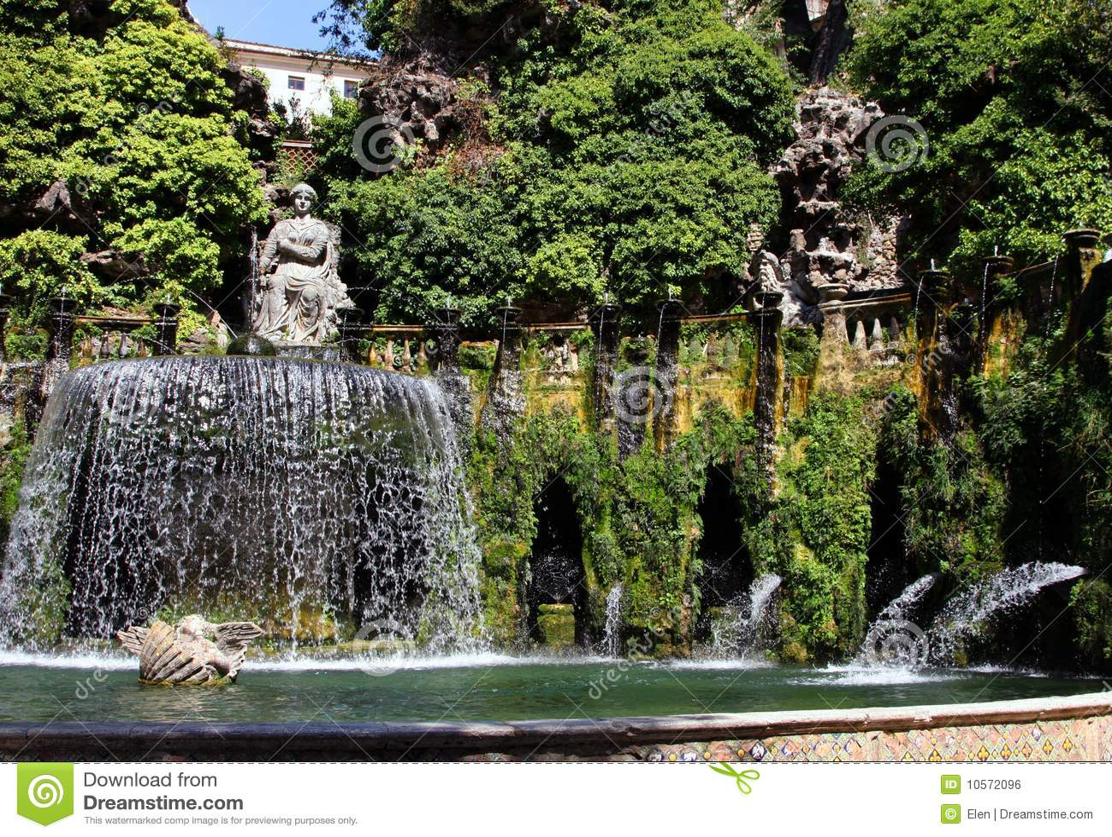Tivoli villa d este fontein stock foto afbeelding for Vajilla villa d este