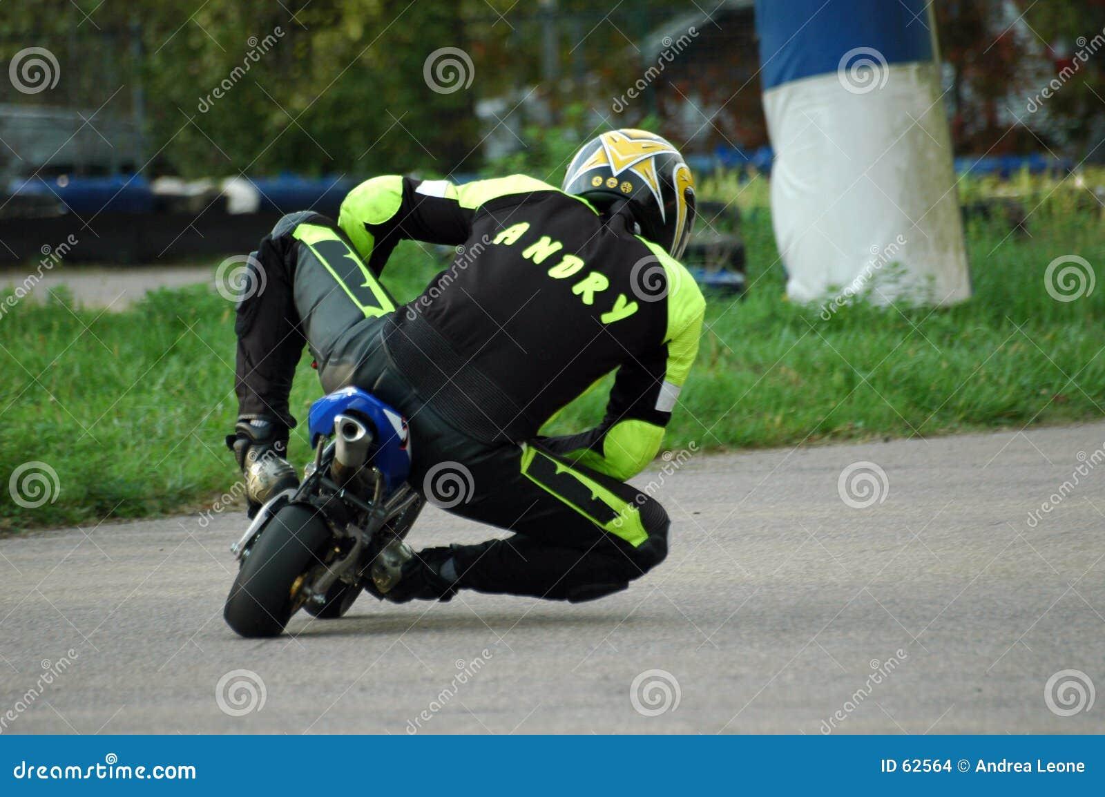 To minibike wyścigi