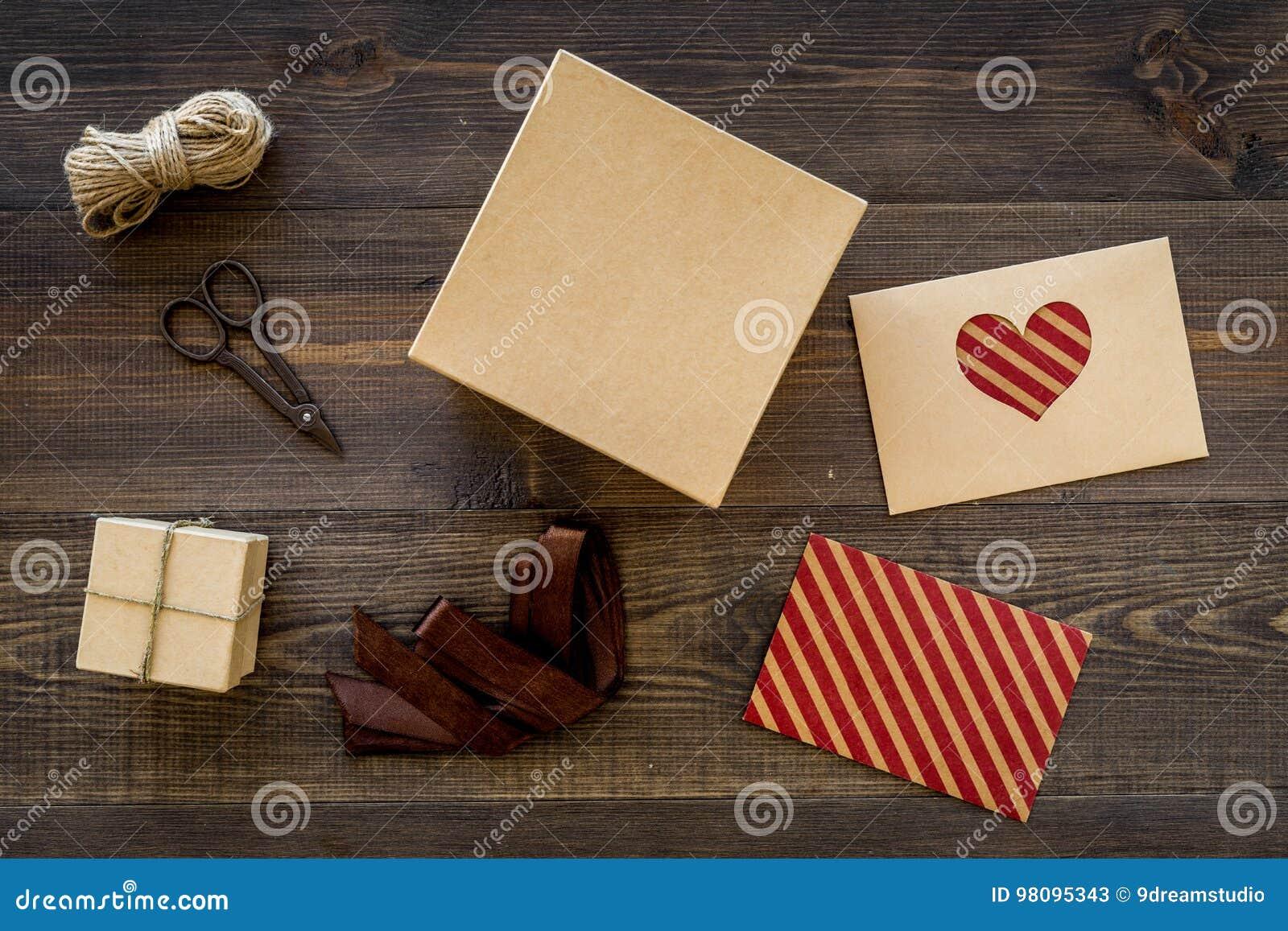 To Wrap Gift  Box, Kraft Paper, Envelope, Greeting Card, Ribbon