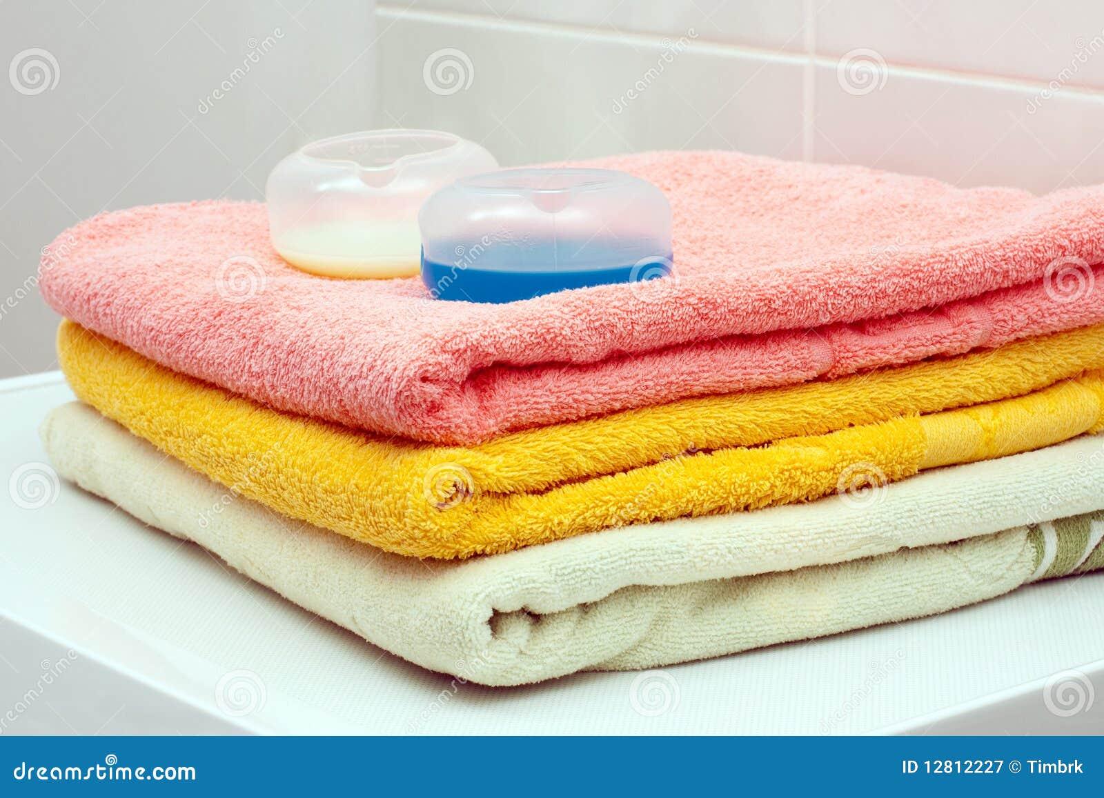 Toalhas e gel de lavagem