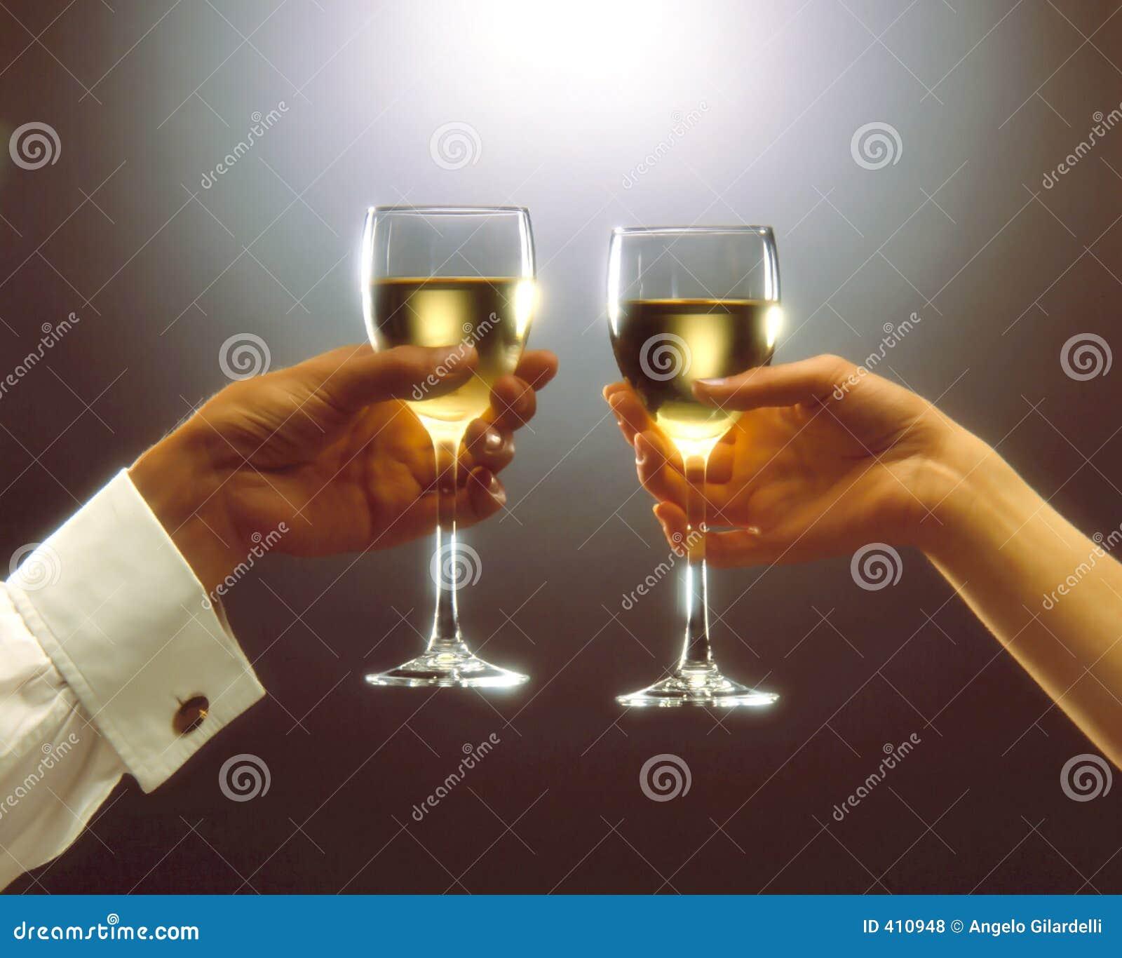 Выпьем за тех кто в море тост