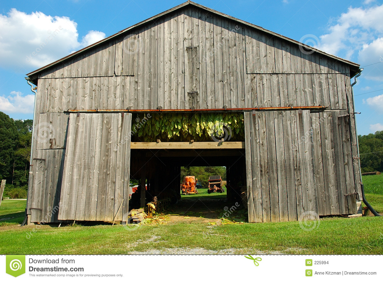 Tobacco Barn Stock Images Image 225994