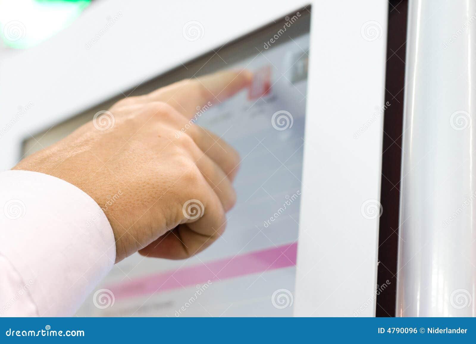 Tocchi lo schermo