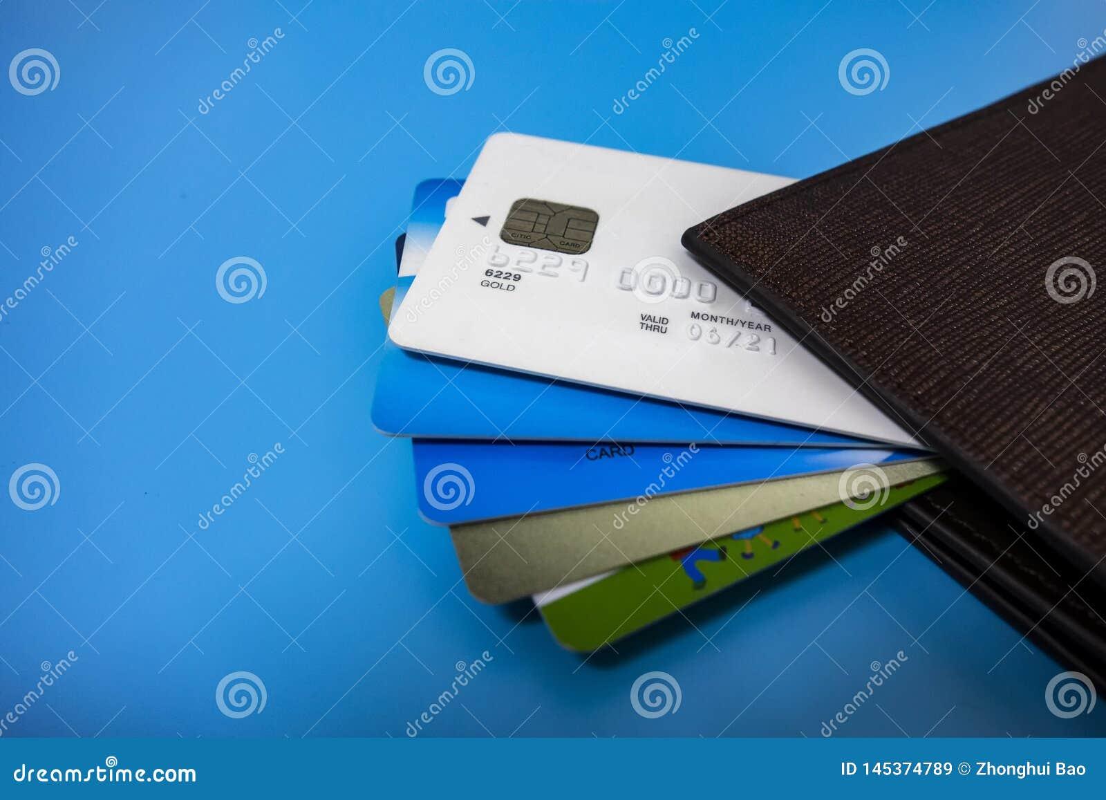 Toda clase de tarjetas de banco