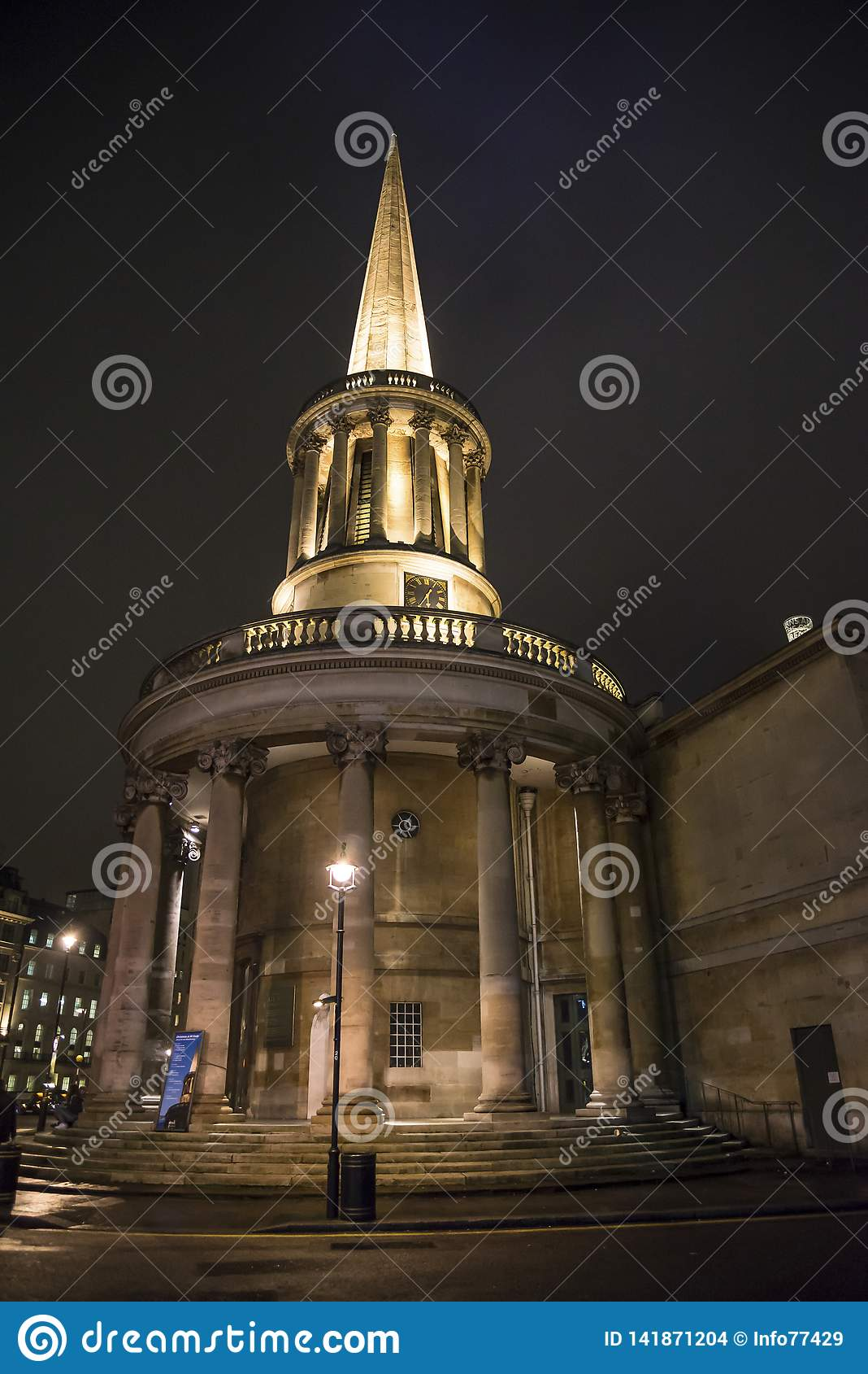 Toda a igreja das almas, lugar de Langham, Londres, Inglaterra, Reino Unido