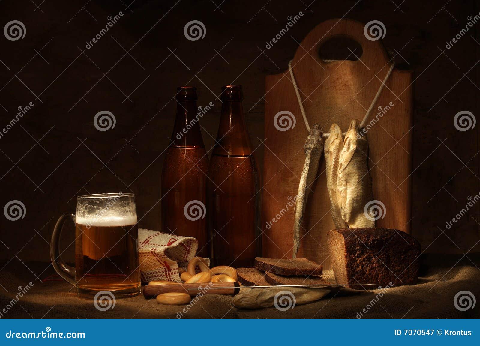 Todavía de la cerveza vida