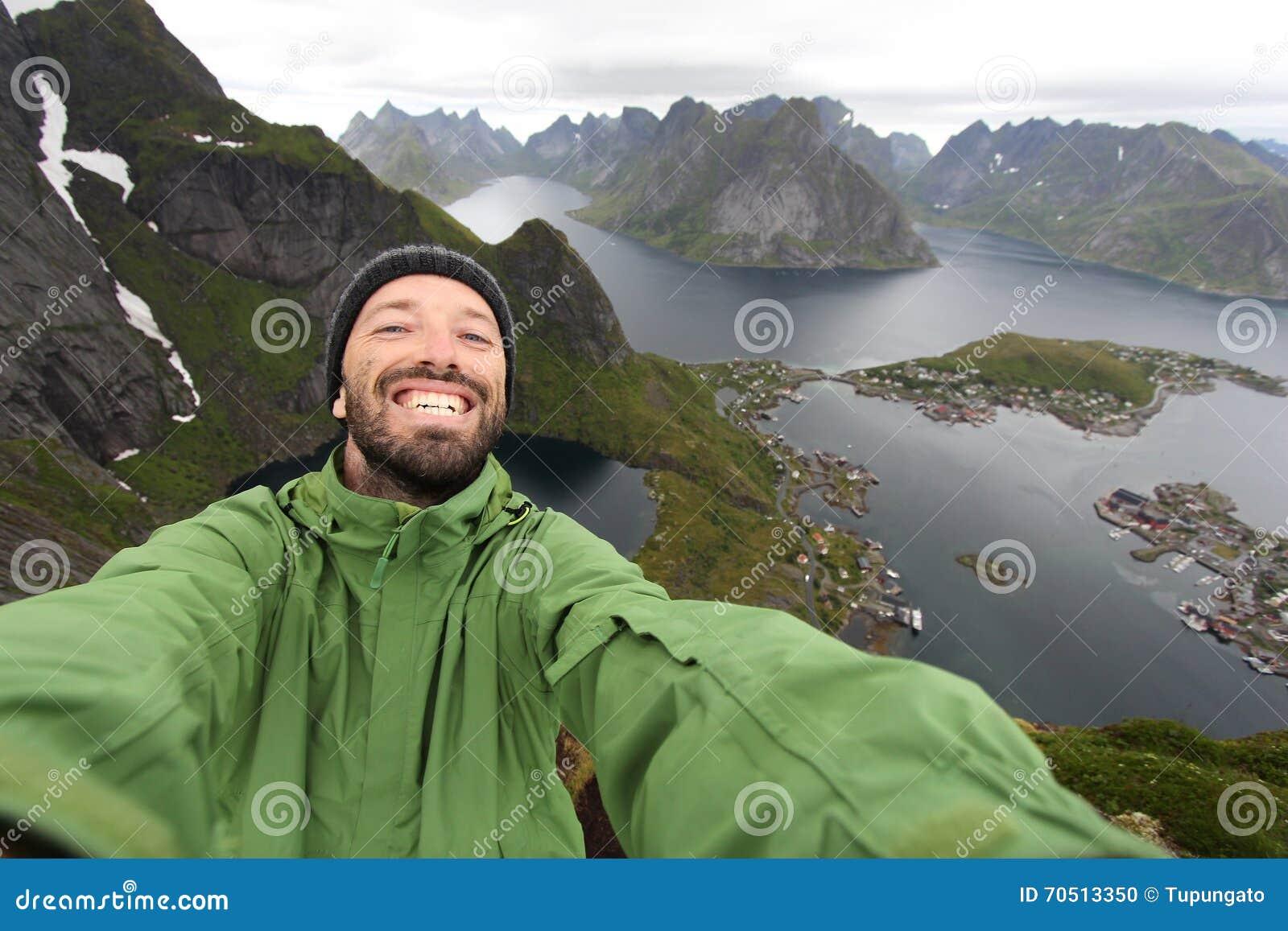 Toerist selfie in Noorwegen