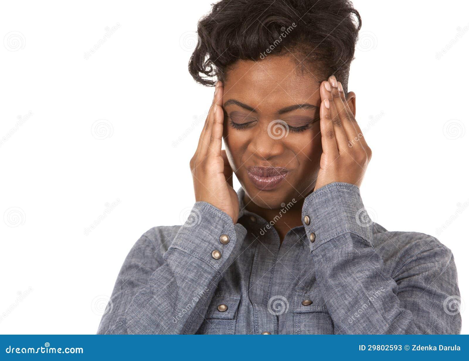 Vrouw en hoofdpijn