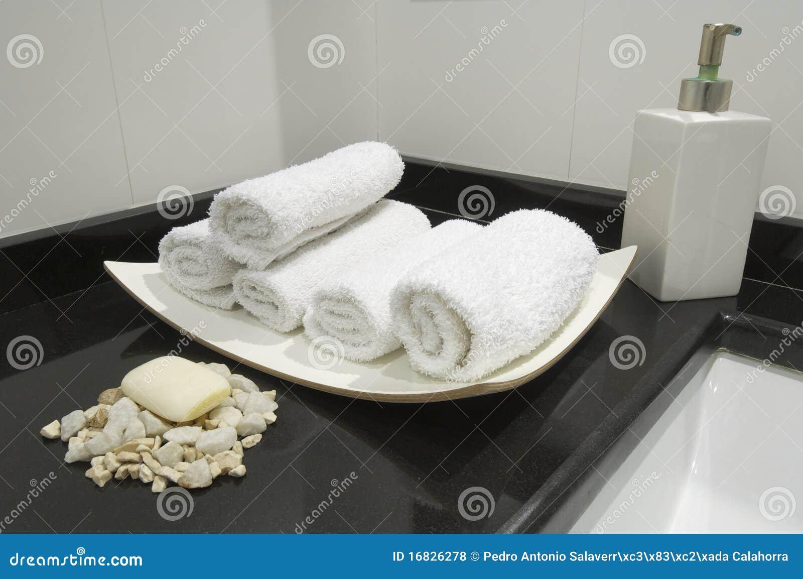 Toilette moderne photo stock image du magnifique for Toilette moderne photos