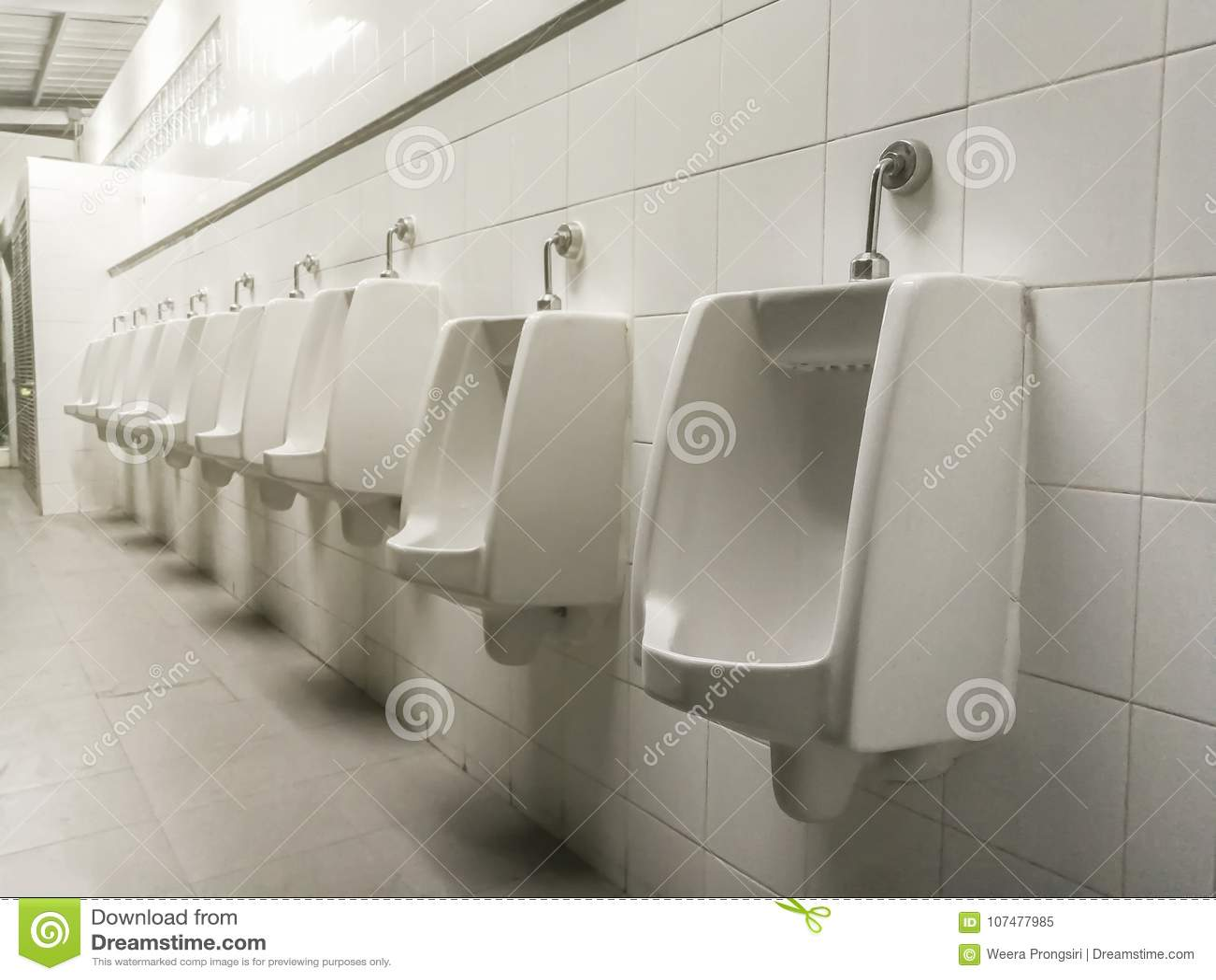 Salle De Bain Urinoir ~ toilette urinoir salle de bains bangkok tha lande image stock