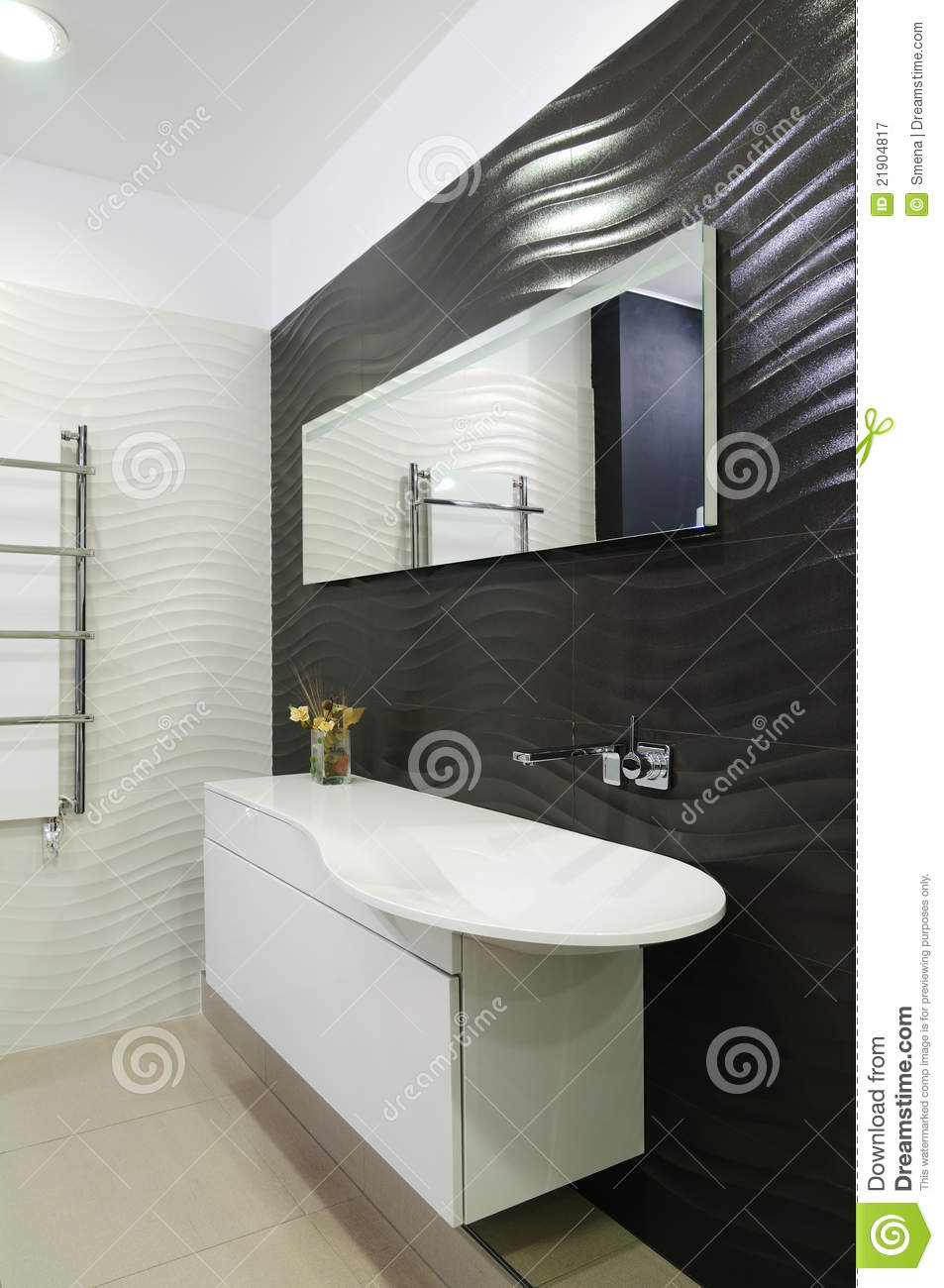 toilettes modernes image stock image du agencement toilettes 21904817. Black Bedroom Furniture Sets. Home Design Ideas