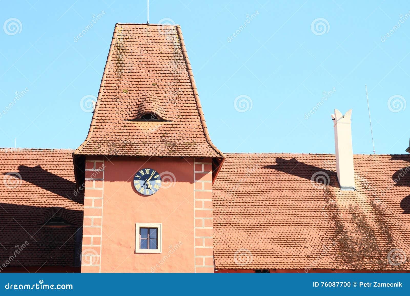 Toit de château Cervena Lhota