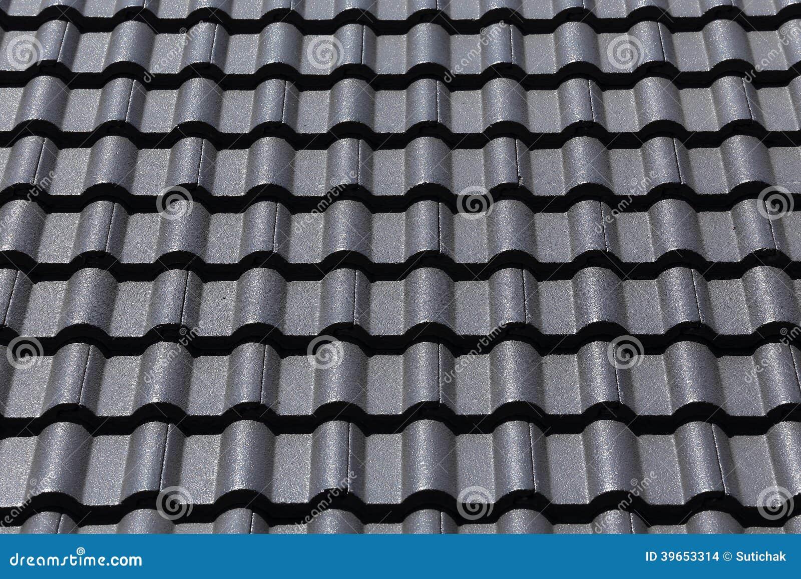 toit de tuiles noir sur une nouvelle maison photo stock image 39653314. Black Bedroom Furniture Sets. Home Design Ideas