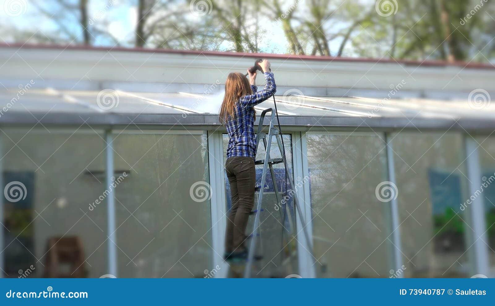 Toit en verre maison simple faites un toit en verre pour for Maison toit en verre